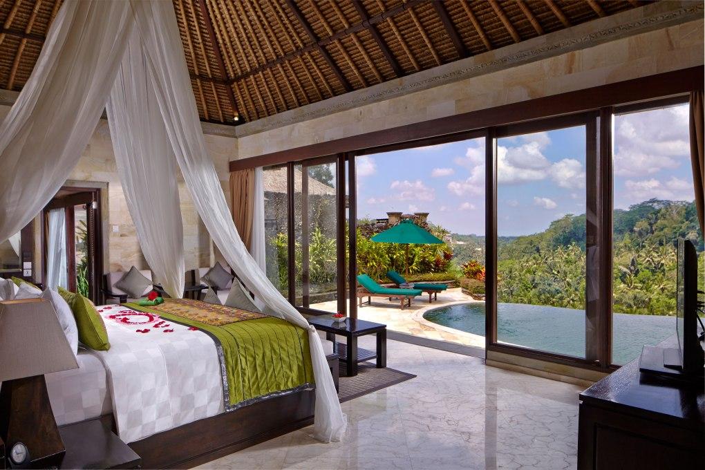 Royal-Pool-Villa-with-view