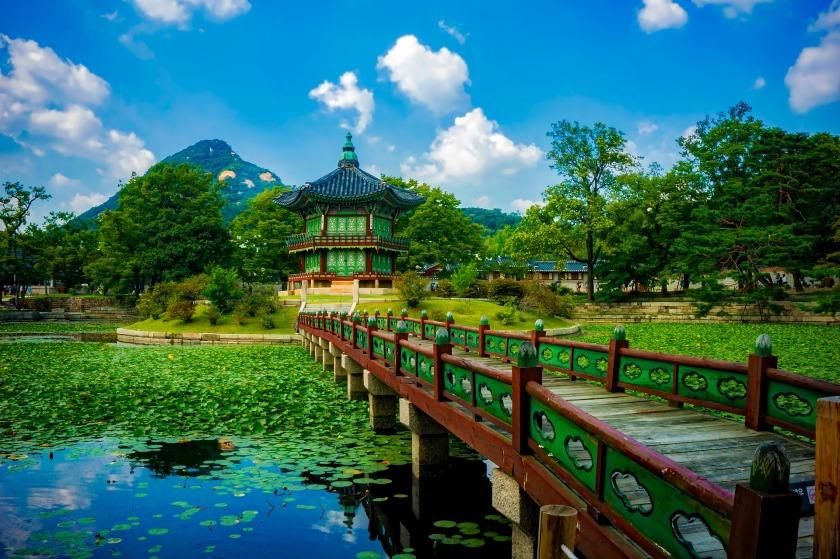 gyeongbokgung-palace-1863975_1920